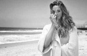Shailene-Woodley-Eric-Guillemain-Flaunt-Magazine-02